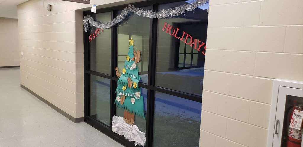 HS Window Decorating Contest